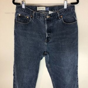 Early 2000's Women's Low Rise GAP Jeans - Med Wash